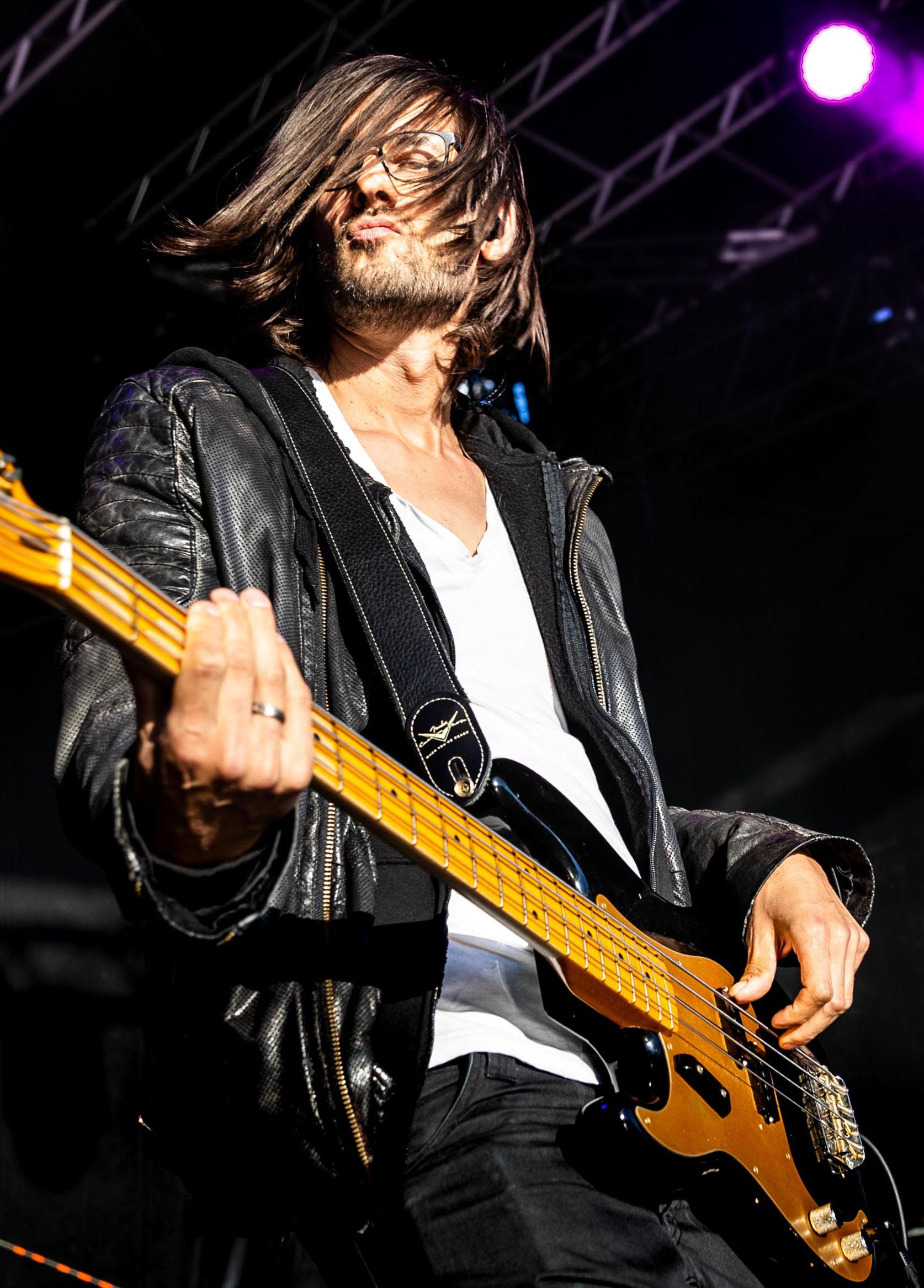 FRESH-MUSIC-LIVE_MUSICIAN_ALEX-HEILMANN_07