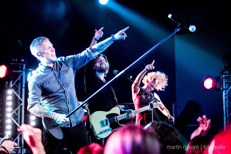 Fresh_Music_Live_Coverband_Media_1